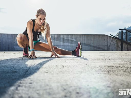 馬拉松 緩和運動 5個拉筋動作避免勞損發炎 - 香港健康新聞   最新健康消息   都市健康快訊 - am730