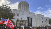 Former Oregon lawmaker sentenced to probation for letting protesters into state Capitol