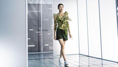 APUAN攜手林予晞、黑嘉嘉、簡廷芮 「迷宮喧囂」2022春夏系列登倫敦時裝週