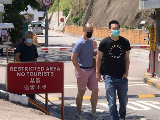 壹傳媒黎智英服刑1個月 兄長及兩兒子沉默探監