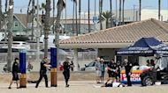 Huntington Beach police shoot, wound man