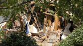 Explosion collapses part of apartment building near Atlanta