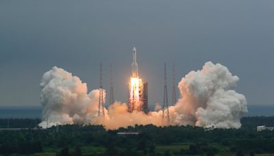 Uncontrollable Chinese rocket to plunge to Earth soon, as exact time and location of re-entry remains unknown