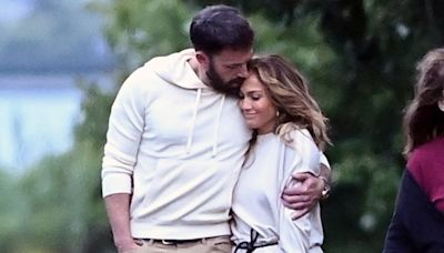 Jennifer Lopez and Ben Affleck 'Plan on Spending the Holidays Together' After Busy Fall: Source