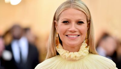 "Gwyneth Paltrow Tells Anna Faris That She ""Never Would Have Wanted"" to Divorce Chris Martin"