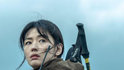 全智賢《智異山》和48歲演員變同齡笑曝「我好無辜」朱智勛補刀「從小是你粉絲」!