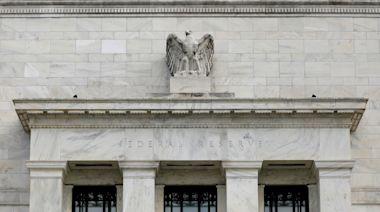 Fed維持貨幣政策不動 暗示已開始討論縮減QE