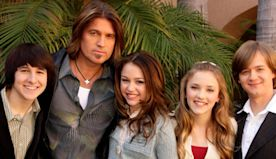 """Why Emily Osment Is """"Grateful"""" for Hannah Montana Despite Having to Grow Up Fast - E! Online"""