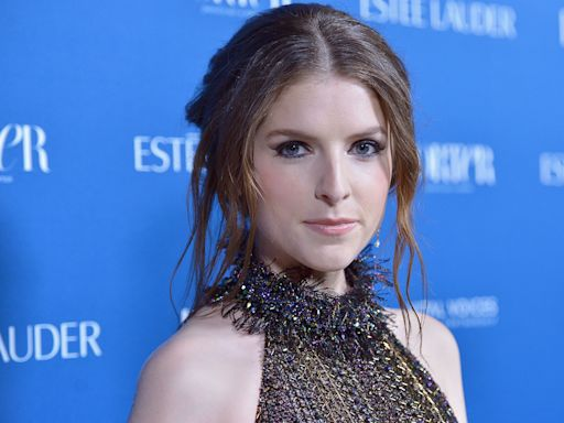 Anna Kendrick Apologizes For Camp Counselor Chaos She Created With 'Cups' Song