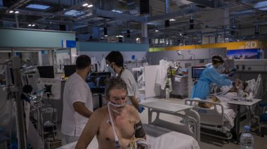 Spain's rising cases give pandemic hospital a second chance