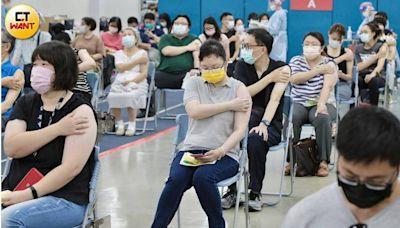 一圖看台灣疫苗覆蓋率驚悚真相 醫警告「別天真」:秋冬疫情恐再起
