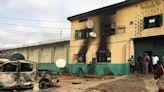 More than 1,800 prisoners escape in Nigeria