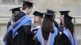 受疫情衝擊 8分之1英國應屆大學畢業生失業 - 自由財經