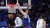 Luke Kennard stands out during Clippers' preseason loss in Dallas