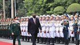 US defense secretary visits Vietnam, vows support for region