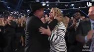 Garth Brooks Thanks 'Love of My Life' Trisha Yearwood at Billboard Music Awards