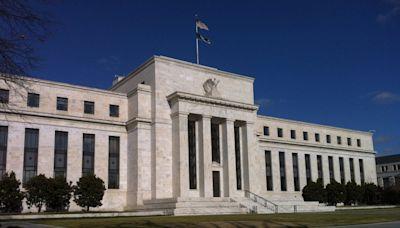 避風頭?Fed 兩大咖涉炒股爭議,閃電宣布提前退休