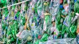 【食力】塑膠污染有解方了?科學家發現「酶」能在10小時內分解90%的PET!