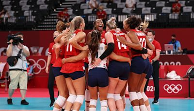 US Women's Volleyball Overcomes Jordyn Poulter Injury to Beat Italy