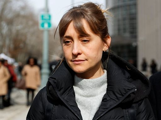 Smallville actress Allison Mack flipped on NXIVM sex cult leader Keith Raniere, court documents reveal