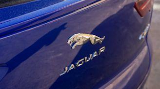 Jaguar consigue un préstamo millonario para fabricar eléctricos