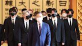 酷玩樂團邀BTS合作全網暴動! 世界彈變身「總統特使」再登聯合國
