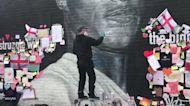 Street Artist Repairs Defaced Marcus Rashford Mural