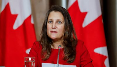 COVID-19 testing requirement still in effect for Canadians travelling to the U.S., Freeland confirms