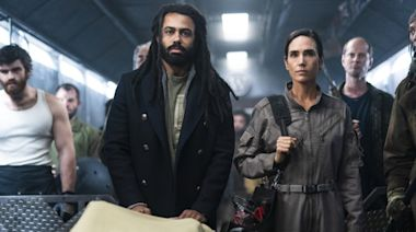What's on TV Monday: 'Snowpiercer' on TNT and more