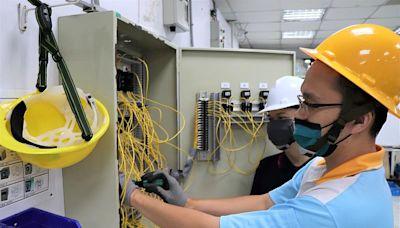 危機成轉機 遭資遣工程師參加政府職訓成功重返職場 「泰山職業訓練場」各職類班別招生中