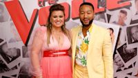 Kelly Clarkson & John Legend Reveal What They're Drinking During 'The Voice' Tapings