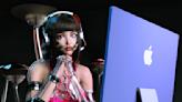 香港網紅設計師Ruby Gloom 用M1 iMac打造虛擬潮流偶像
