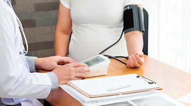 疫情期間,孕婦該不該按時產檢、打疫苗?生產前先確認「這件事」!