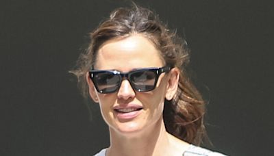 Jennifer Garner Is the Epitome of Peak Mom Style in Denim Overalls & Suede Sneakers