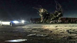 Suicide attack on bus kills 27 Iran Revolutionary Guards