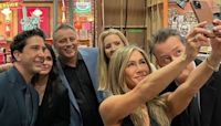 Jennifer Aniston Posts Sweet Behind-the-Scenes Pics From 'Friends: The Reunion' Set