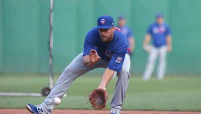 Ben Zobrist says wife 'coaxed' him into returning to Cubs; wife wants additional $4 million in assets