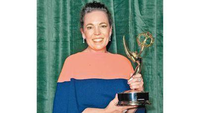 《王冠》掃7獎成大贏家 Olivia標尾會 首奪艾美視后