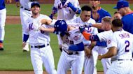 Mets stun Reds with comeback win