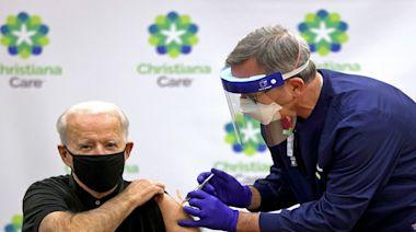 要求聯邦雇員打疫苗 拜登發100美元獎勵金