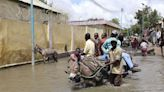 Severe flooding displaces scores of thousands in Somalia