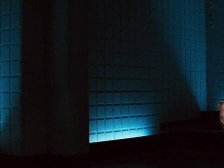 莎朗史東銀幕大露私密處 《第六感追緝令》一刀未剪版台灣首上映