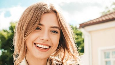 健康網》牙齦萎縮能再生 牙齦再生術讓你開心露牙笑 - 美顏抗老 - 自由健康網