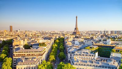 What are the rules for travelling to France this summer?