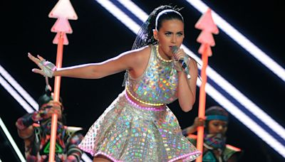J.Lo, Katy Perry and More: The Net Worths of the Super Bowl's Richest Halftime Performers