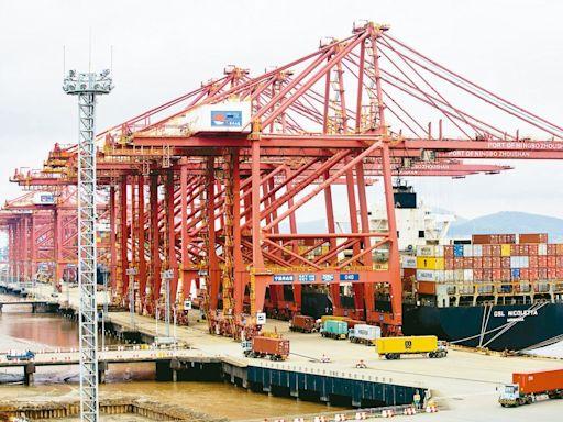 傳上海美西線海運價跌 貨櫃三雄齊挫