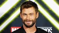 Chris Hemsworth Proves His Thor Strength By Dominating Arcade Game With 1 Epic Punch