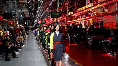 時尚|法拉利飆速跨入時尚伸展台 第1個男女時裝系列義大利發表 | 蘋果新聞網 | 蘋果日報