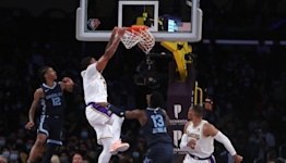 Lakers player grades: L.A. defeat Grizzlies for first win of season