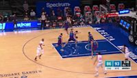 Derrick Rose with a 2-pointer vs the Charlotte Hornets